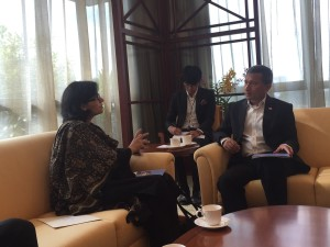 Dr. Sania Nishtar meeting the Minister of Foreign Affairs of Singapore during the WHO Director General election campaign_ 2017