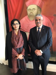 Dr. Sania Nishtar meeting the Minister of Foreign Affairs of the Dominican Republic in Santo Domingo during the WHO Director General election campaign_ 2017