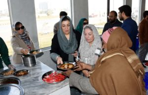 MPs visit Ehsaas Langar-Dec 19